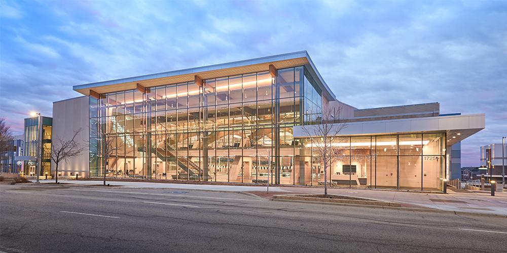 Shawnee Mission School District Aquatic Center